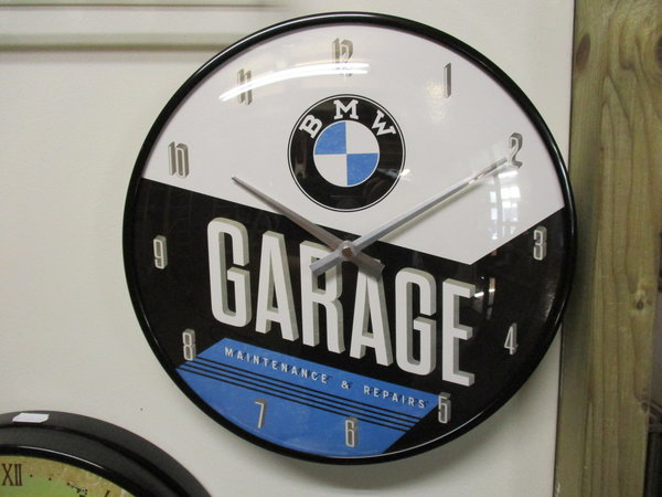 BMW Garage klok
