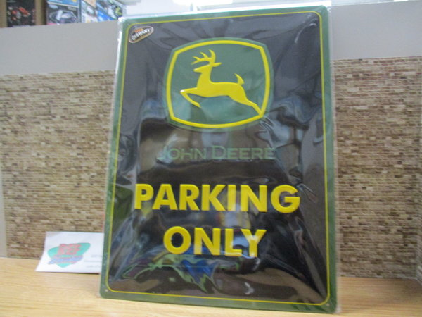 John deere Parking only 30 x 40 bord